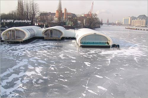badeschiff_winter.jpg