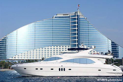 yacht_dubai_1.jpg